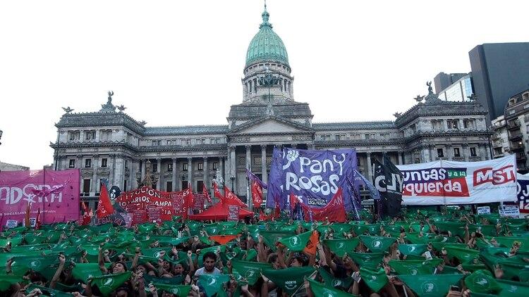 El aborto ya es legal en Argentina y en 2020 será ley.