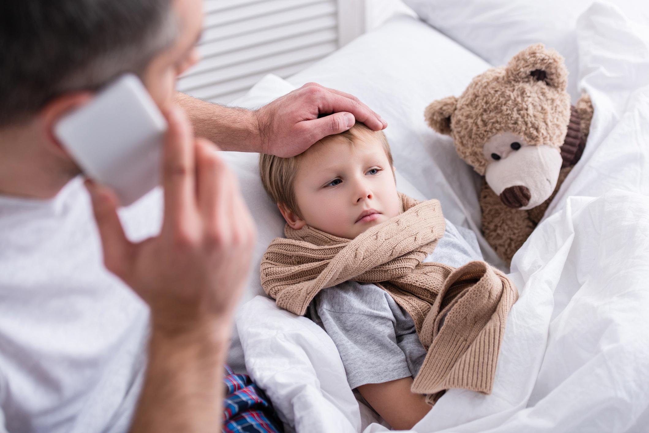 Los CDC advierten a médicos de EE.UU. sobre enfermedad infantil relacionada con covid-19.