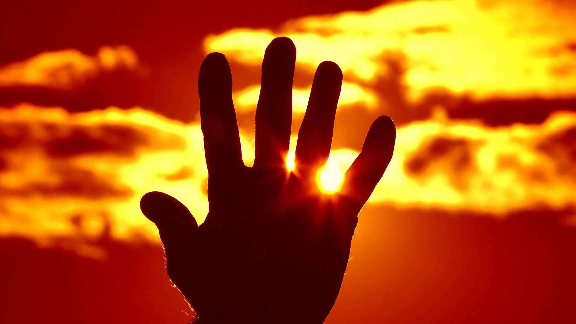 Insólito: Bill Gates planea tapar el sol.