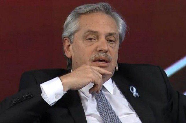 Alberto contra el pueblo: «aunque griten no me van a doblegar»